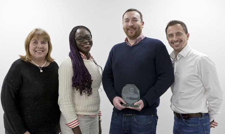 Orega-StartMeUp-Pitch-Aberdeen-2017-Winner-with-Judges-social-1200x800.png