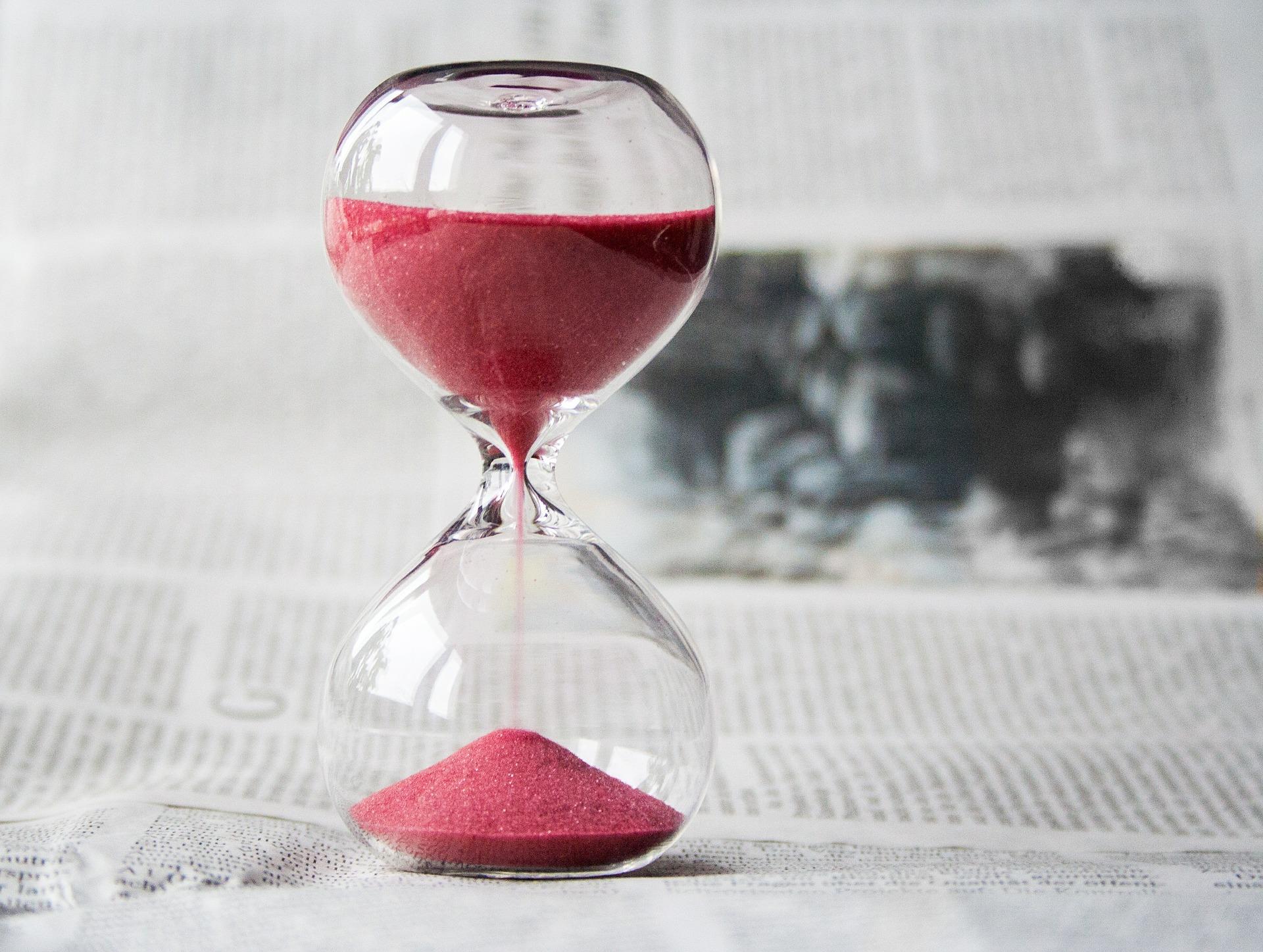Blog 3 - hourglass.jpg