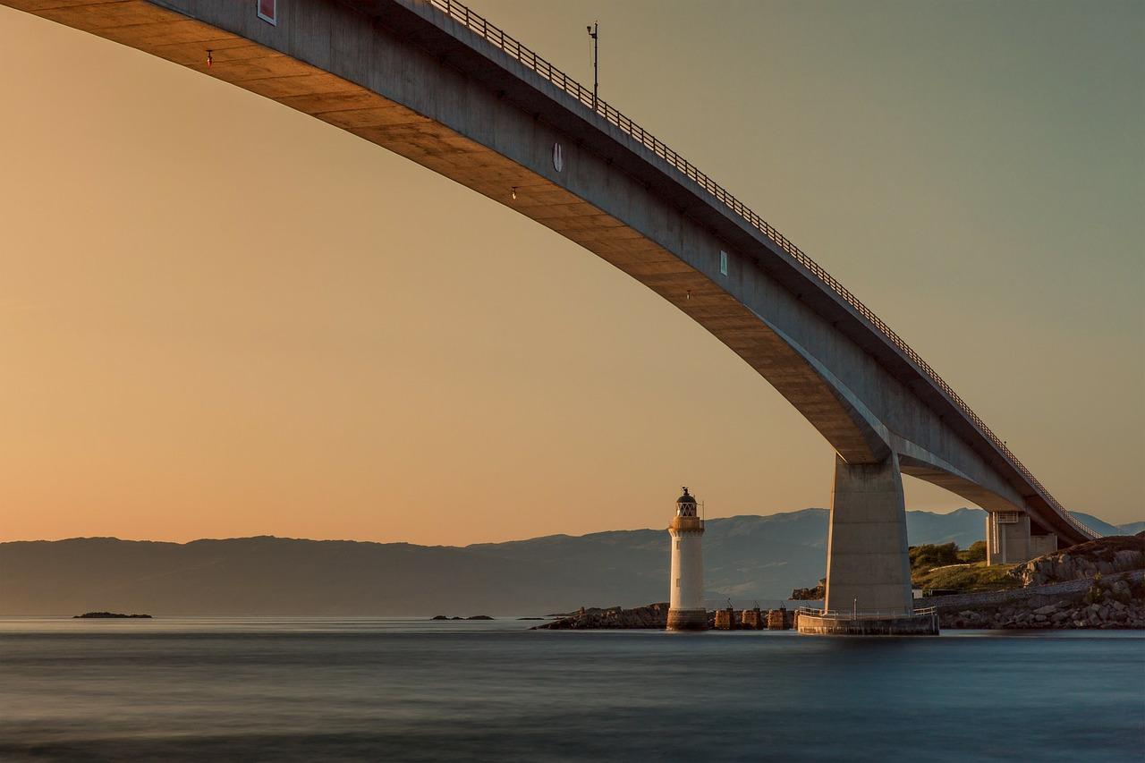 bridge-192986_1280